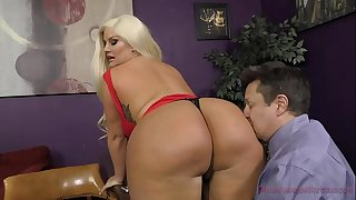 The Queen of Ass Takes A New Sub - Julie Cash